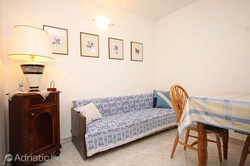 Apartment A-8012-b - Apartments Nerezine (Lošinj) - 8012