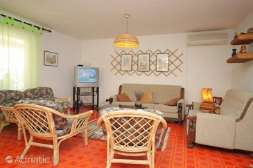 Apartment A-8057-a - Apartments Sveti Jakov (Lošinj) - 8057