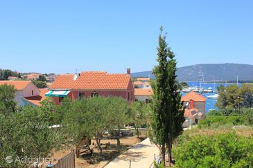 Property Ilovik (Lošinj) - Accommodation 8069 - Apartments near sea.