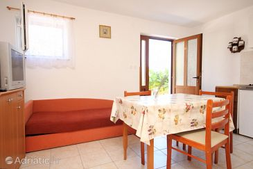 Studio flat AS-8081-a - Apartments Valun (Cres) - 8081