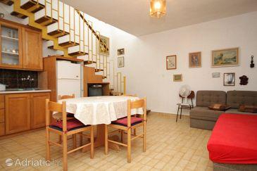 Apartment A-8106-a - Apartments Verunić (Dugi otok) - 8106