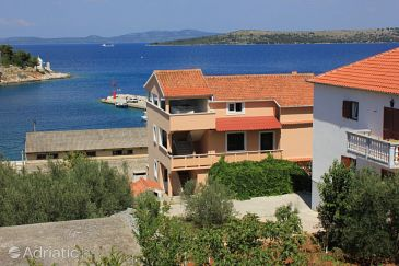 Property Sali (Dugi otok) - Accommodation 8121 - Apartments near sea with pebble beach.