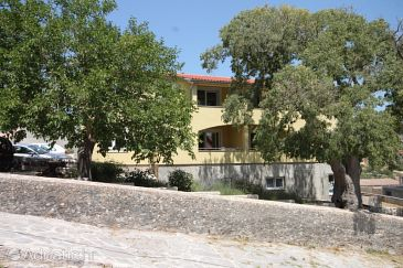 Property Sali (Dugi otok) - Accommodation 8137 - Apartments with pebble beach.