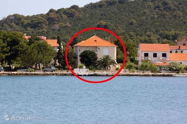 Property Verunić (Dugi otok) - Accommodation 8159 - Apartments near sea with pebble beach.