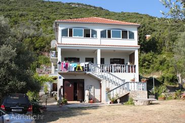 Property Luka (Dugi otok) - Accommodation 8182 - Apartments near sea.