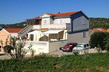 Property Sali (Dugi otok) - Accommodation 8185 - Apartments with pebble beach.