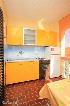 Ždrelac, Kitchen u smještaju tipa apartment, dopusteni kucni ljubimci i WIFI.