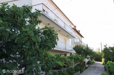 Property Kali (Ugljan) - Accommodation 8203 - Apartments near sea.