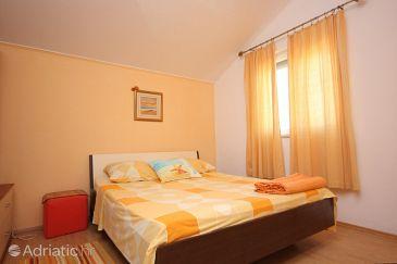 Apartment A-8213-b - Apartments Kraj (Pašman) - 8213