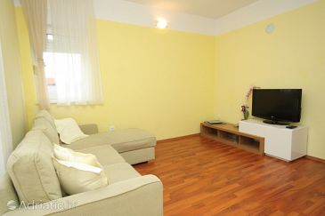 Apartment A-8215-c - Apartments Pašman (Pašman) - 8215