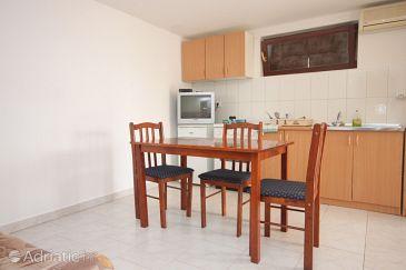 Apartment A-8232-c - Apartments Preko (Ugljan) - 8232