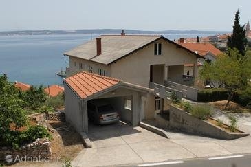 Property Kali (Ugljan) - Accommodation 8235 - Apartments near sea.