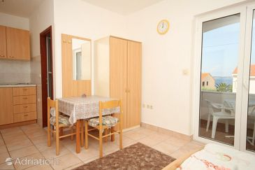 Studio flat AS-8249-b - Apartments Poljana (Ugljan) - 8249
