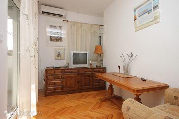 Apartment A-8267-a - Apartments Preko (Ugljan) - 8267