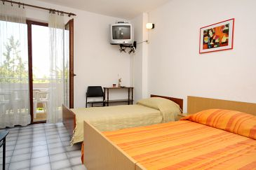 Apartment A-8279-e - Apartments Kukljica (Ugljan) - 8279