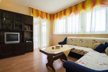 Apartment A-8281-a - Apartments Podstrana (Split) - 8281