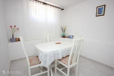 Apartment A-8297-a - Apartments Tkon (Pašman) - 8297