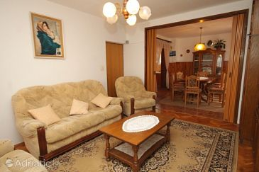 Apartment A-8302-b - Apartments Tkon (Pašman) - 8302