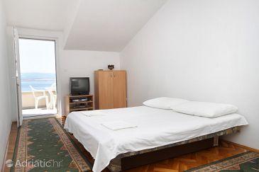 Apartment A-8334-a - Apartments Omiš (Omiš) - 8334