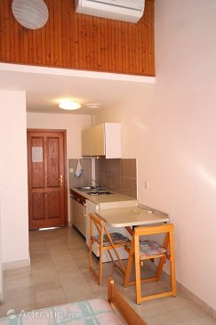 Studio flat AS-8336-a - Apartments Pasadur (Lastovo) - 8336