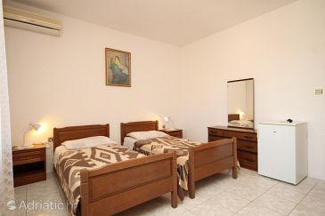 Room S-8350-b - Rooms Lastovo (Lastovo) - 8350