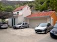 Parking lot Duće (Omiš) - Accommodation 8378 - Apartments near sea with sandy beach.