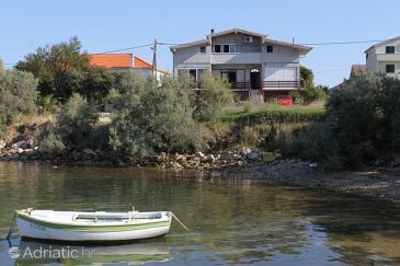 Property Neviđane (Pašman) - Accommodation 8401 - Apartments near sea with pebble beach.