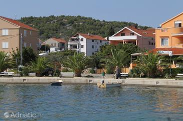 Property Kukljica (Ugljan) - Accommodation 8402 - Apartments near sea with pebble beach.