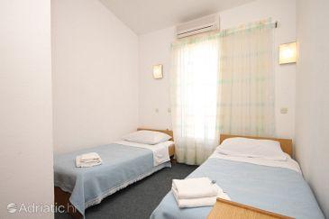 Room S-8408-a - Apartments and Rooms Kukljica (Ugljan) - 8408