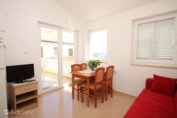 Apartment A-8421-a - Apartments Ugljan (Ugljan) - 8421