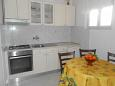 Kitchen - Apartment A-8473-c - Apartments Poljana (Ugljan) - 8473