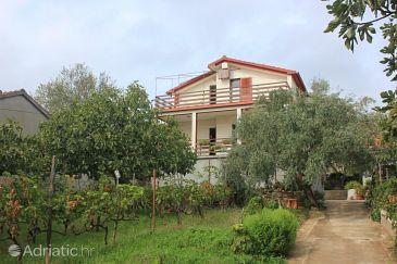 Property Preko (Ugljan) - Accommodation 8522 - Apartments near sea.