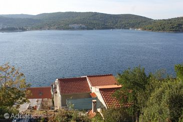 Property Vis (Vis) - Accommodation 8526 - Apartments near sea with rocky beach.