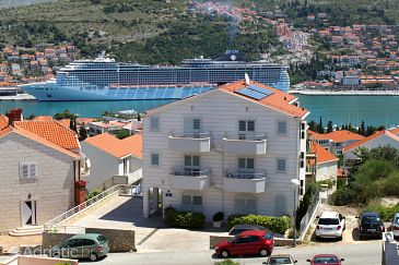 Dubrovnik, Dubrovnik, Property 8565 - Apartments with pebble beach.