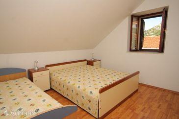 Trsteno, Bedroom u smještaju tipa room, dostupna klima.