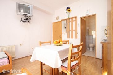 Studio flat AS-8627-a - Apartments Kaštel Kambelovac (Kaštela) - 8627