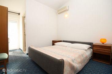Room S-8635-c - Apartments and Rooms Podstrana (Split) - 8635