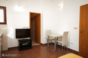 Studio flat AS-8639-c - Apartments and Rooms Podstrana (Split) - 8639