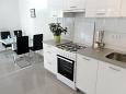 Kitchen - Apartment A-8653-a - Apartments Uvala Torac (Hvar) - 8653