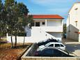 Parking lot Mandre (Pag) - Accommodation 8655 - Apartments near sea with pebble beach.