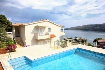 Property Poljica (Trogir) - Accommodation 8661 - Vacation Rentals near sea.