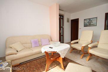 Apartment A-8673-a - Apartments Uvala Pokrivenik (Hvar) - 8673