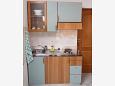 Podstrana, Kitchen u smještaju tipa studio-apartment, WIFI.