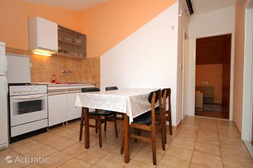 Apartment A-8700-a - Apartments Ivan Dolac (Hvar) - 8700