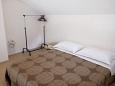 Bedroom 1 - Apartment A-8767-b - Apartments Uvala Rapak (Hvar) - 8767