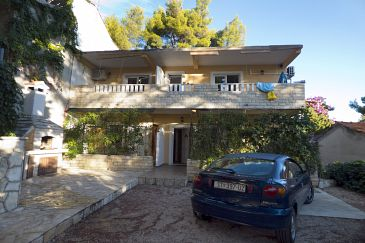 Property Ivan Dolac (Hvar) - Accommodation 8782 - Apartments near sea with pebble beach.