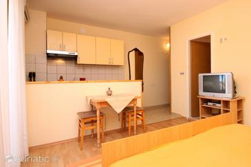 Studio flat AS-8798-b - Apartments and Rooms Jelsa (Hvar) - 8798