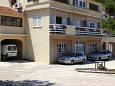 Parking lot Sali (Dugi otok) - Accommodation 880 - Apartments near sea.