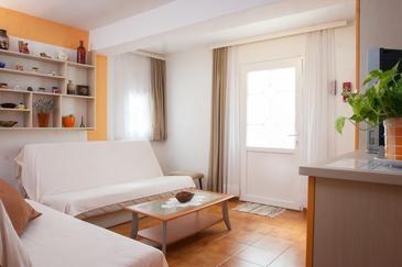Apartment A-8817-b - Apartments Makarska (Makarska) - 8817