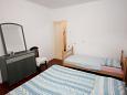 Bedroom 1 - Apartment A-8881-a - Apartments Vis (Vis) - 8881